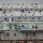 Veja imagens do Hospital que foi criado em tempo recorde e que tem mil camas para acolher doentes com coronavírus